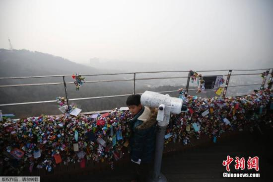 A boy is seen at the top of N Seoul Tower. (File photo/Agencies)