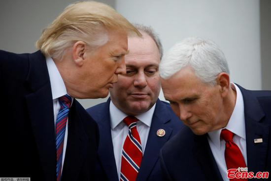 U.S. President Donald Trump confers with Vice President Mike Pence and House Minority Whip Steve Scalise (R-LA) as they faced to reporters in the Rose Garden after the president met with U.S. Congressional leaders about the government shutdown and border security at the White House in Washington, U.S., January 4, 2019. (Photo: Carlos Barria TPX IMAGES OF THE DAY/REUTERS)