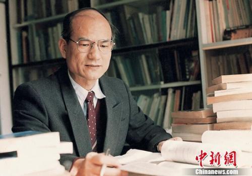 Chinese electronic engineering expert Liu Yongtan. (Photo provided to China News Service)