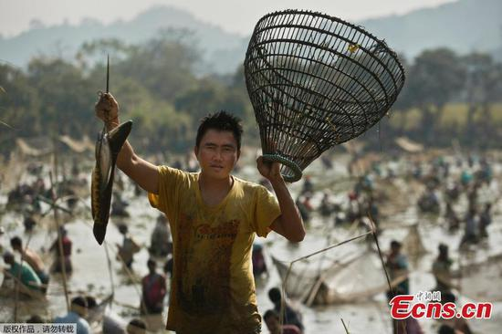 Fishing festival held in Indian village