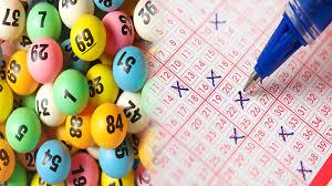 Sydney mum wins record 77 million U.S. dollar lottery prize