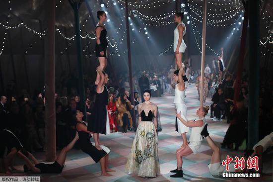Dior puts on circus-themed couture in Paris