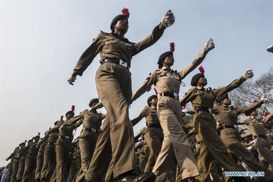 Indians take part in final rehearsal of Republic Day parade