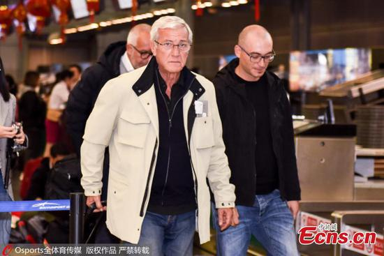 Marcello Lippi, the 70-year-old Italian legendary coach, is seen at Baiyun International Airport in Guangzhou City, Guangdong Province, Jan. 29, 2019. He's leaving the country as his contract as China's head coach ends after the AFC Asian Cup tour. (Photo/Osports)