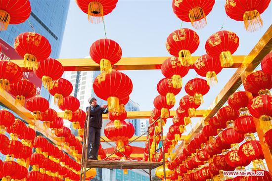Red lanterns hung up for upcoming Spring Festival across China