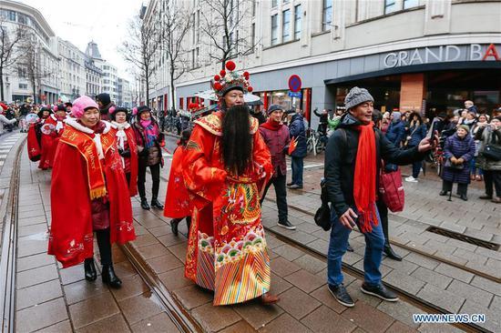 Big parade marks beginning of 2019 Spring Festival in Belgium