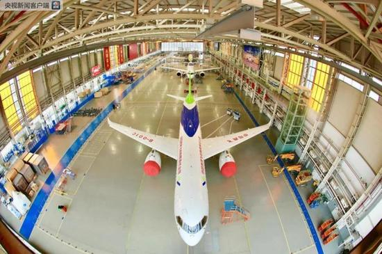 Three C919 passenger jets all in Shanghai