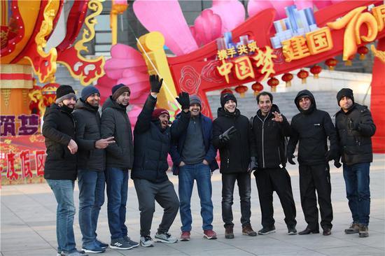 Dalian opens door to international guests