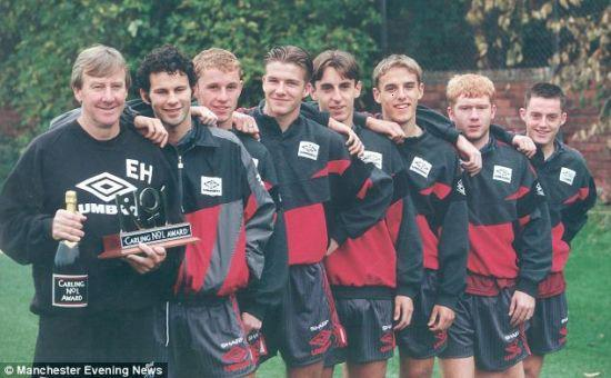 Man Utd's 'class of 92' coach Harrison dies at 81