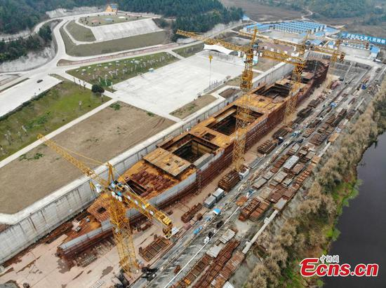 Full-size Titanic replica taking shape in SW China