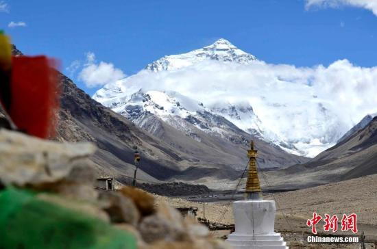 Eco-friendly tips for traveling to Mount Qomolangma after ban on core zone
