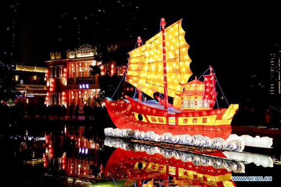 Festive lanterns set ahead of Lantern Festival in Jinjiang, SE China's Fujian