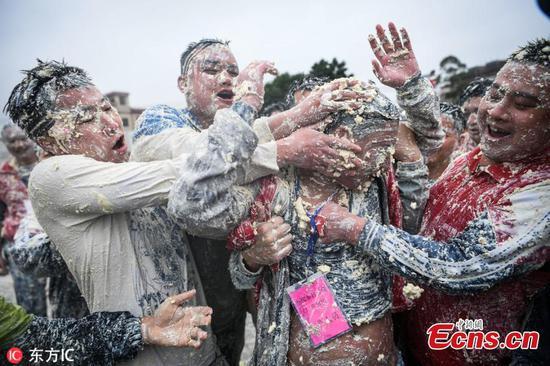 10,000 celebrate tofu festival in Guangdong village