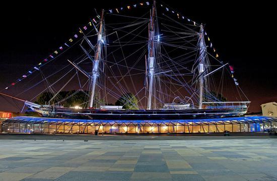 庆祝150周年的传奇船