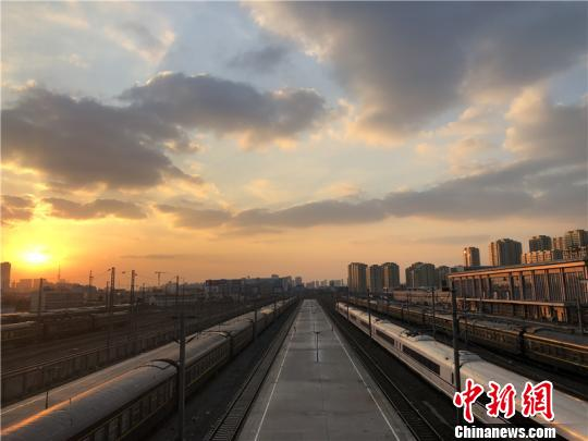16 Chinese cities surpass 1 trillion yuan GDP in 2018