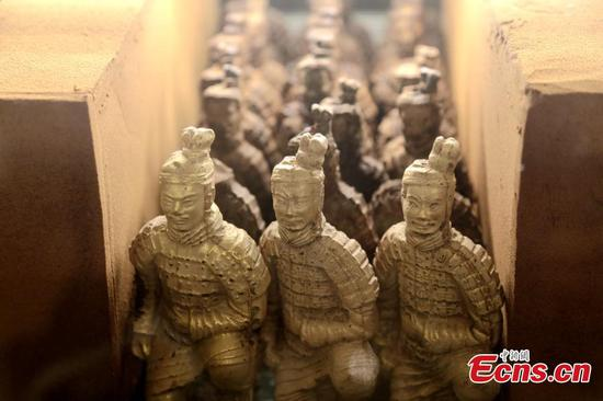 Xi'an hotel offers chocolate Terracotta warriors
