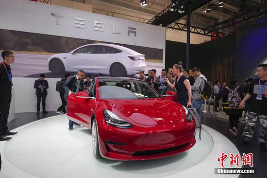 Tesla begins Model 3 delivery in China