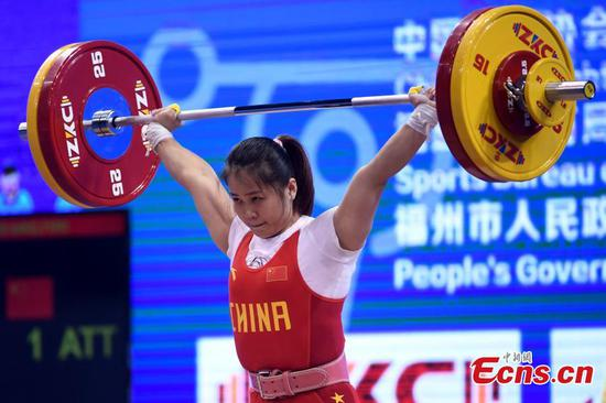 Olympic champ Deng Wei dominates women's 64kg with new records at IWF World Cup