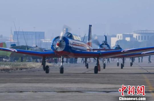The CJ-6 aircraft. (Photo provided to China News Service)