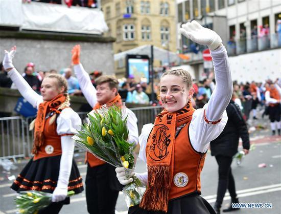 玫瑰星期一狂欢节游行在德国科隆举行