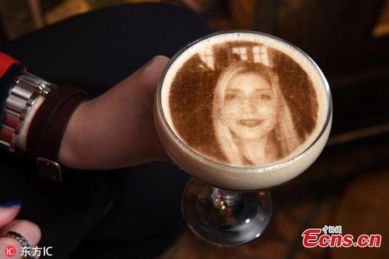 3D printer lets you have your face on coffee