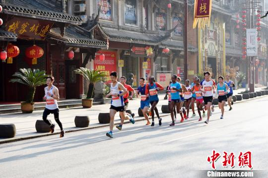 China's 'marathon fever' continues with running industry up by 7 percent in 2018