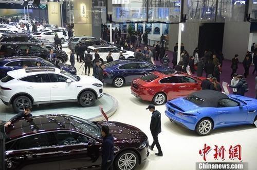 Premium car brands cut prices amid VAT reduction