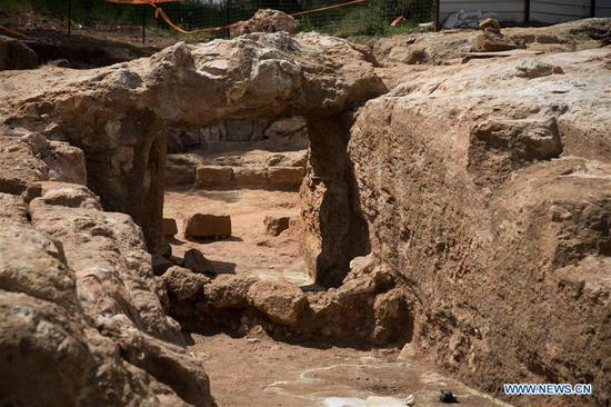 Israel discovers 2,000-year-old Jewish village with burial estate