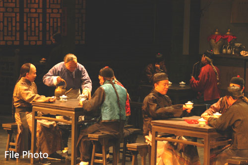 China's classic drama 'Teahouse' adapted to immersive, bilingual play in NYC