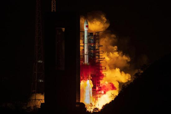 China launches new data relay satellite