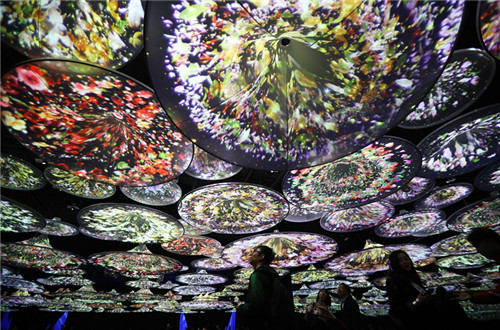Immersive art project lets visitors walk in ancient paintings