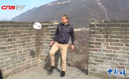 Klinsmann won't exclude coaching Chinese national team