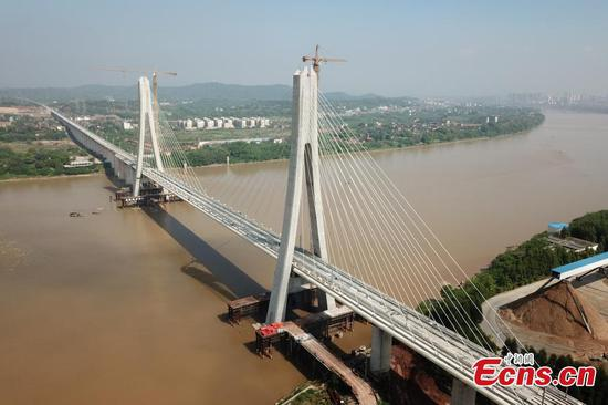 Ganjiang River bridge for bullet trains under construction