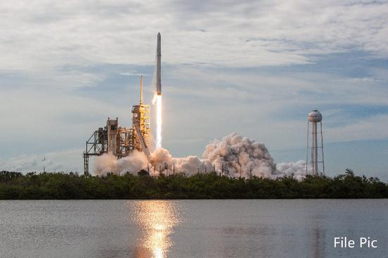 SpaceX capsule suffers anomaly during engine test