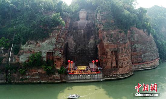 Giant Buddha of Leshan reopens to tourists after 'physical examination'