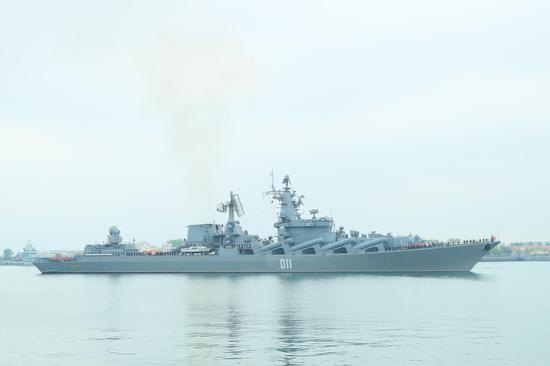 Russian ships arrive in Qingdao for joint naval exercise