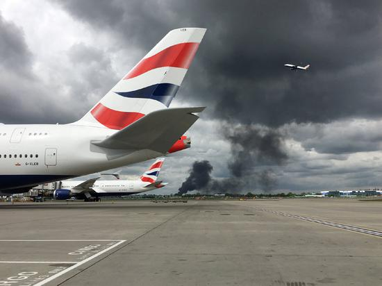Explosions occur near London's Heathrow Airport