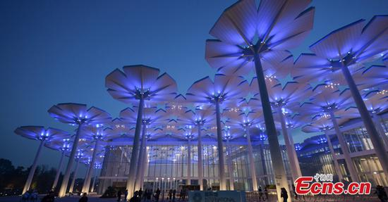 Splendid light show at International Pavilion in Beijing expo