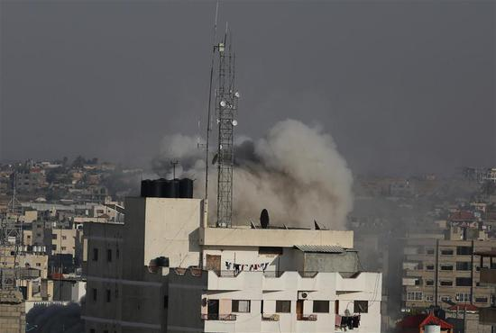 Israeli warplanes intensify airstrikes on Gaza in response to rockets firing