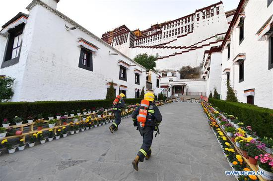 Firefighters conduct emergency drill at Potala Palace in Lhasa