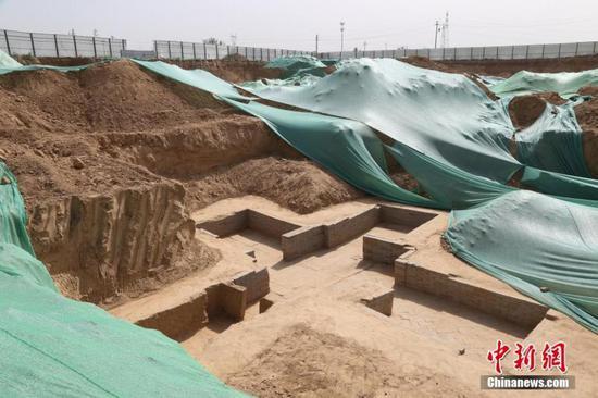 Zhengzhou finds 160 tombs over 1,800 years ago