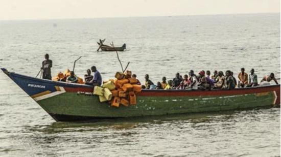 Boat with footballers capsizes in Lake Albert