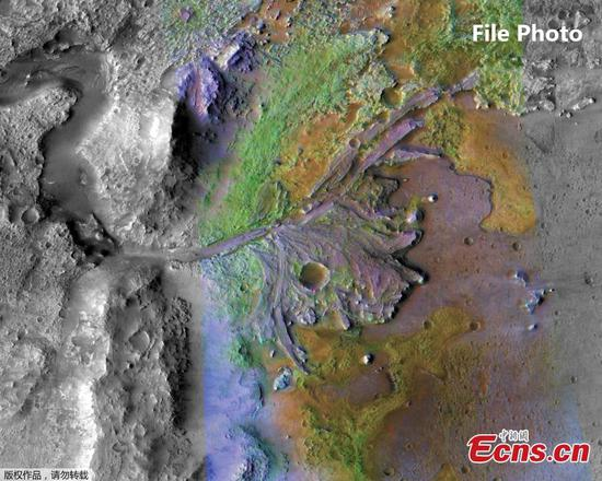 Martian ice beneath surface comes from shrinking polar ice sheets: study