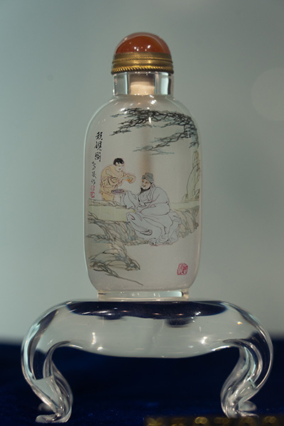 The master of Chinese art in a glass