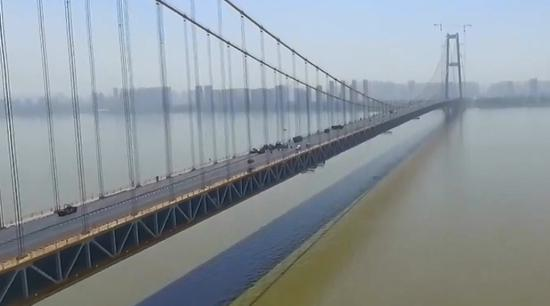 World's longest double-deck suspension bridge to open in September