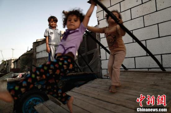 At least three children permanently disabled every month in Gaza: WHO report