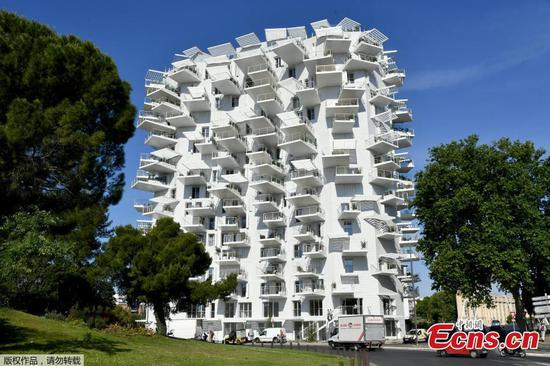 Amazing tree-like apartment building in France