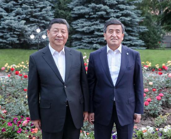 Chinese President Xi Jinping and his Kyrgyz counterpart Sooronbay Jeenbekov have a meeting at the presidential residence right after the Chinese president arrives in Bishkek, Kyrgyzstan, June 12, 2019. (Xinhua/Yao Dawei)