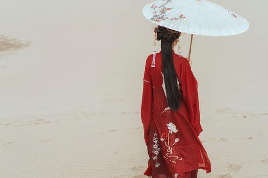 Hanfu sees revival