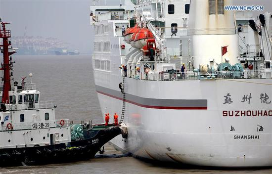 Emergency rescue drill held near Wusongkou Port in Shanghai